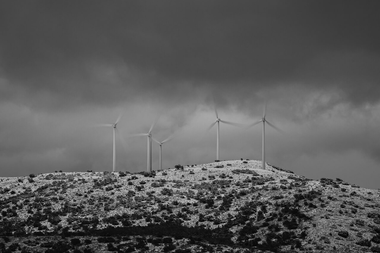 Green energy wind turbines