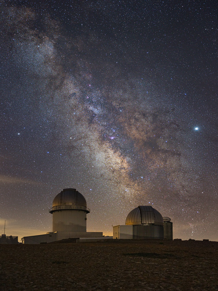 Thumbnail for Nighscape category with Milky Way at Javalambre Observatory, Spain